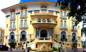 Bên trong dinh thự 99 cửa của đại gia Sài Gòn xưa