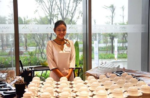 tất cả các khu tiệc trà nghỉ dành cho các đại biểu cũng được sắp xếp chỉn chu