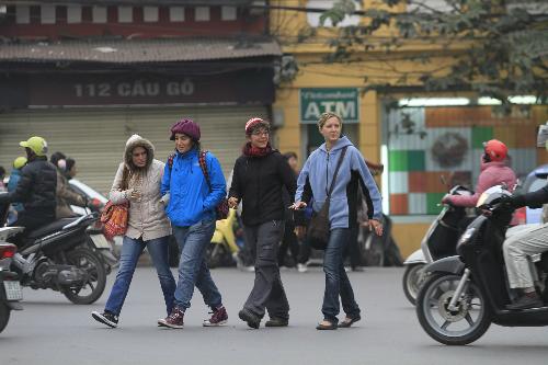 Nhiều khách quốc tế sốc với giao thông ở Việt Nam. Ảnh: Ngọc Thành.