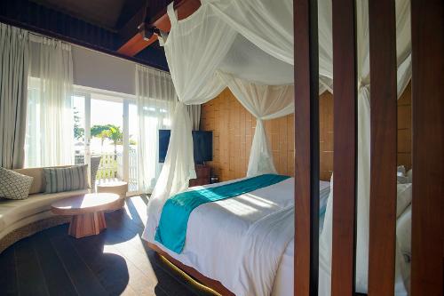 Phú Quốc là điểm đến yêu thích của nhiều du khách trong và ngoài nước vì biển đẹp, sạch, nhiều món ăn ngon.