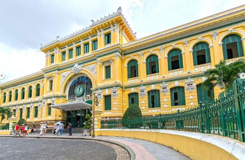 Bưu điện Thành phố là địa điểm màAlia Sahari rất thích khi tới TP HCM. Ảnh:Straits Times.