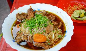 3 món nóng hổi cho bữa sáng se lạnh ở Sài Gòn