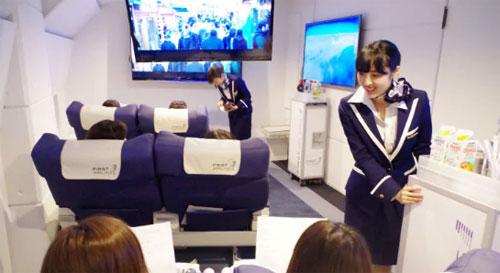Các hành khách sẽ có trải nghiệm như đang bay thật. Ảnh: Telegraph.