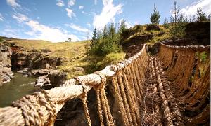 Cây cầu cỏ cuối cùng bện bằng tay của người Peru