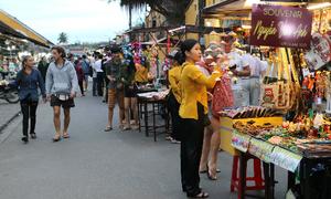 Hội An mở chợ đêm thứ ba