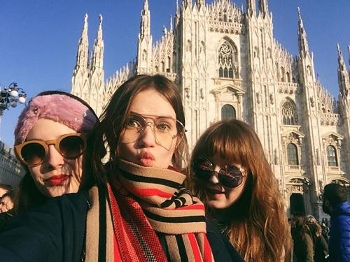 Những người dùng Instagram thường sẽ nhấn nút thíchnhiều hơn khi xem ảnh các địa danh nổi tiếng như hồ nước xanh ngắt Blue Lagoon của Iceland, toà nhà cao nhất thế giới Burj Khalifa của Dubai hay Nhà thờ Duomo di Milano ở Milan.