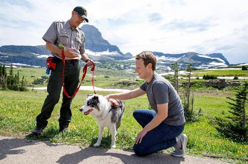 Mark tới thăm Vườn quốc gia Clacier ở Montana, Mỹ hồi giữa tháng 7/2017.