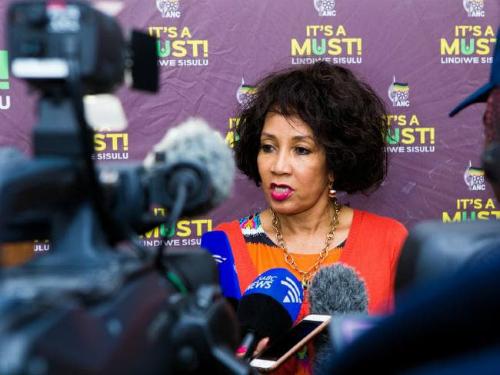 Bộ trưởng Quan hệ Quốc tế Nam Phi Lindiwe Sisulu nói bà sẽ đưa vấn đề ra với Ngoại trưởng Australia Julia Bishop. Ảnh: News.