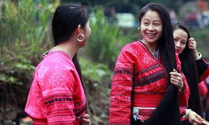 Nơi phụ nữ chỉ cắt tóc một lần trong đời ở Trung Quốc