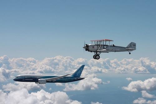 Mặc dù máy móc hiện đại có thể đáng tin cậy hơn, những chuyên gia nhận định quy trình bảo trì thiết yếu hơn tuổi thọ của máy bay.