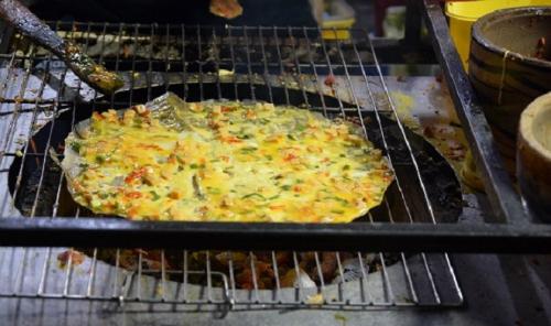 Pizza Đà Lạt khá được lòng người Sài Gòn. Ảnh: Má Lúm.