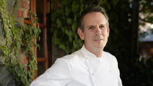 Đầu bếp Thomas Keller của nhà hàngFrench Laundry ởCalifornia, Mỹ cũng là một trong những người nổi tiếng với Thực đơn đặc biệt. Ảnh: CNN.