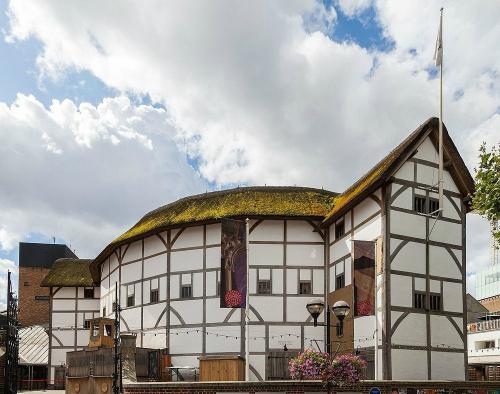 Nhà hát Shakespeares Globe ở London. Ảnh:Amusing Planet.