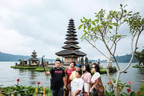 Bali đang điều chỉnh hoạt động của hướng dẫn viên bán thời gian trên đảo. Ảnh:Shutter.