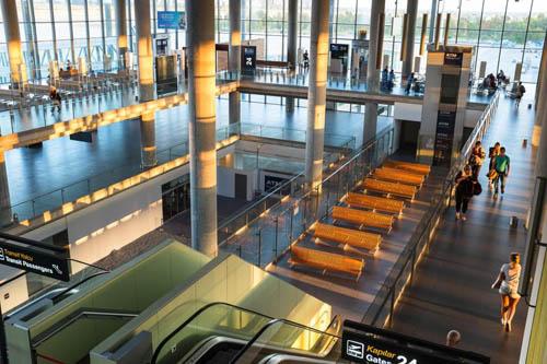 Sân bay Dalaman mỗi năm phục vụ khoảng 4 triệu hành khách. Ảnh: Sun.