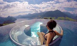 5 bể bơi vô cực có tầm nhìn đẹp nhất thế giới