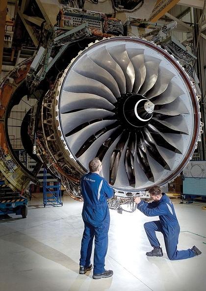 Vòng xoắn ốc luôn được intrên trục cánh quạt của động cơ ngay cả khi chưa lắp ráp vào máy bay. Ảnh: Pinterest.