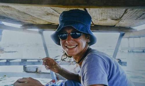 Trước khi sang Bali du lịch, Kate làm công việc thiết kế nội thất. Cô cũng từng đi du lịch rất nhiều nơi trước đó như Nam Mỹ, Bắc Phi, Ấn Độ...