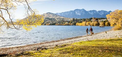 Trên ảnh là hồWakatipu ở Queenstownvào mùa thu. Ảnh:Queenstownnz.