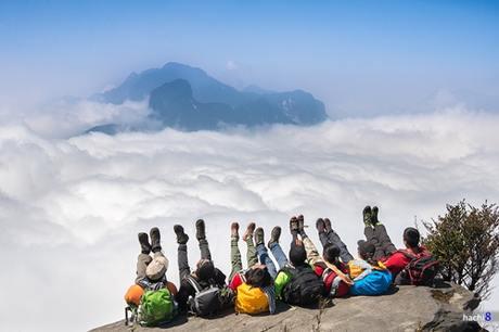 Những chuyến đi sẽ giúp các bạn trẻ khám phá thêm nhiều điều thú vị về thế giới. Ảnh: Hachi8.