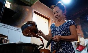 Ba chị em không chồng giữ lửa bếp cà phê lâu năm nhất ở Sài Gòn
