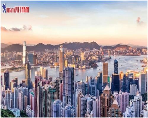 Những tòa nhà cao chọc trời ở Hong Kong.