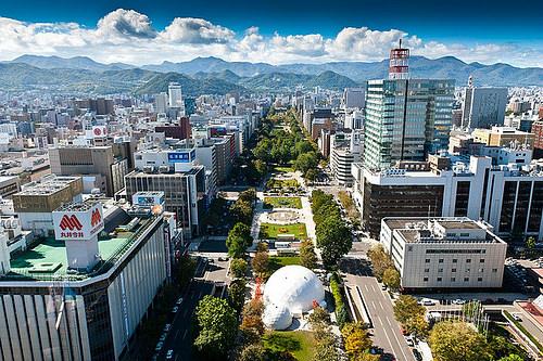 Toàn cảnh công viên Odori (ảnh sưu tầm: internet)