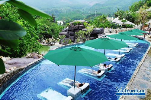 Vé đôi du lịch Đà Nẵng kèm vé vui chơi tại khu du lịch Núi Thần Tài - Top 5 điểm đến du lịch hàng đầu Việt Nam năm 2018, chỉ có giá từ 2,49 triệu đồng