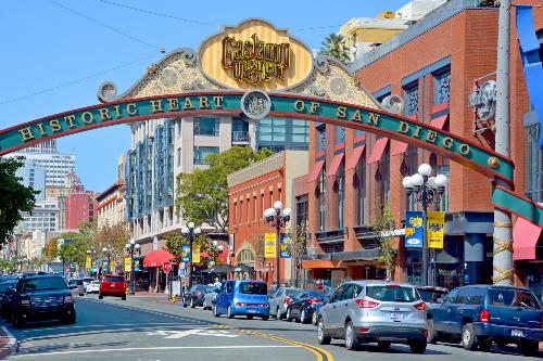 San Diego - thành phố lâu đời nhất của tiểu bang California.