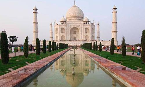 Đền Taj Mahal - một trong những điểm thu hút du khách bậc nhất ở Ấn Độ. Ảnh: UNESCO.