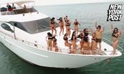 Bí mật về 'đảo sex' chỉ phục vụ 30 khách mỗi năm