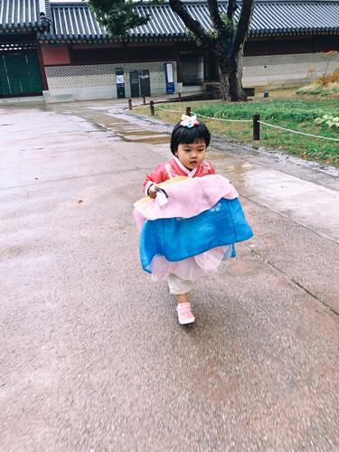 Ảnh tham quan Hàn Quốc của gia đình chị Uyên - 1