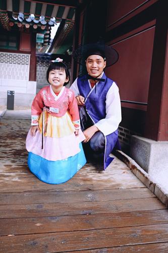 Ảnh tham quan Hàn Quốc của gia đình chị Uyên