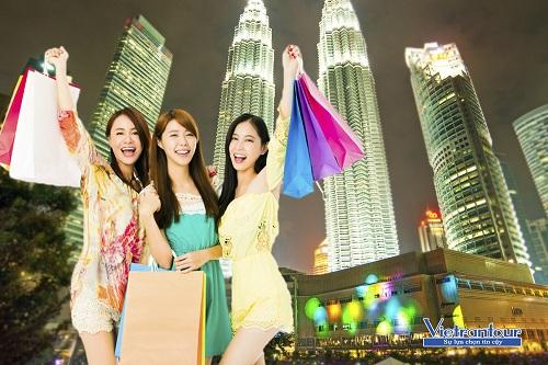 Tận hưởng mua sắm giảm tới 70% tại Kuala Lumpur, top thành phố mua sắm tốt nhất thế giới.