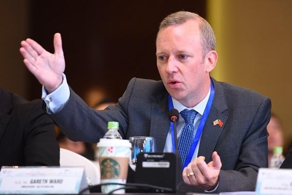 Ngài Gareth Ward - Đại sứ Vương quốc Anh tại Việt Nam.