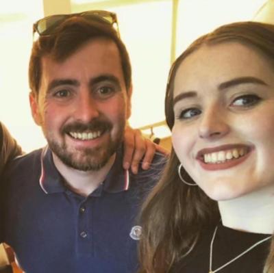 Grace Millance trong một bức ảnh chụp cùng anh trai được đăng trên Instgram. Gia đình không thể liên lạc với cô kể từ ngày 2/12, đó cũng là ngày sinh nhật lần thứ 22 của nữ du khách Anh. Ảnh: News.
