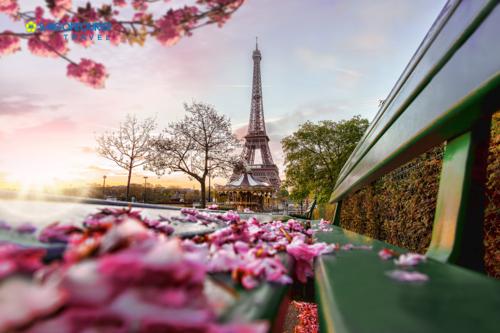 Tháp Eiffel, biểu tượng của Paris.