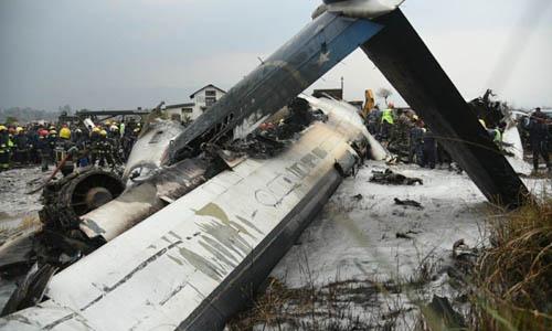 Hiện trường vụ rơi máy bay ở Nepal. Ảnh: Kathmandu Post.