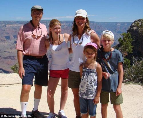 Vợ chồng Bill Gates thường cho các con đi khám phá thiên nhiên, thay vì nghỉ trong resort sang trọng. Ảnh:Melinda Gates.
