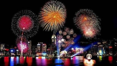 Cape Town tổ chức bắn pháp hoađón năm mới tại V&A Waterfront. Ảnh: Tripsavvy.