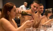 Nhà hàng khỏa thân ở Pháp khiến thực khách thất vọng
