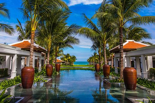 Khung cảnh nhìn ra bờ biển bán đảo Cam Ranh, nơi diễn ra cảnh trao hoa hồng trong tập 6 củaThe Bachelor mùa 23. Ảnh: The Anam.