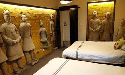 Ngủ như hoàng đế Trung Quốc trong khách sạn tượng đất nung