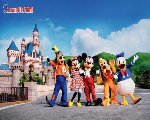 Công viên giải trí Disneyland Hồng Kông.
