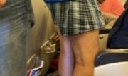 Hành khách gây sốc vì chỉ mặc quần đùi trên chuyến bay tới Mỹ