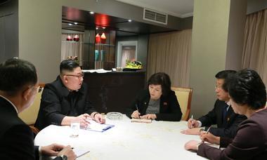 Ông Kim Jong-un được bảo vệ thế nào trong khách sạn ở Hà Nội