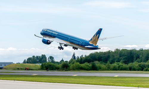 Ngoài bán vé khuyến mại, một số máy bay thân rộng mới như Boeing 787, Airbus A350 được đưa vào hoạt động. Ảnh: VNA.