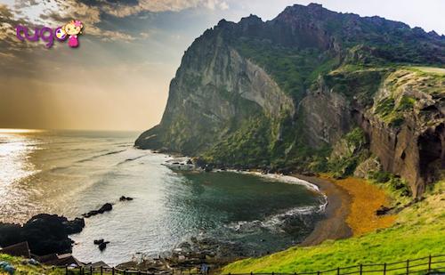 Vẻ đẹp hùng vĩ và hoang sơ của hòn đảo Jeju Hàn Quốc.