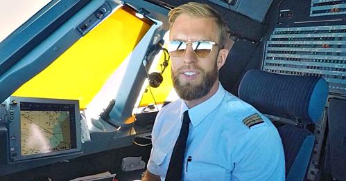 Air Canada là một trong những hãng hiếm hoi chấp nhận cho phi công để râu. Ảnh: Kelownanow.