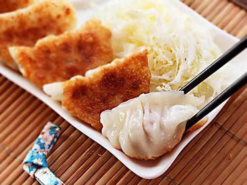 Tỉnh Tochigi còn nổi tiếng với món bánh gyoza - một loại tương tự há cảo. Món bánh này được nhiều du khách khen ngon. Ảnh: Serious Eats.